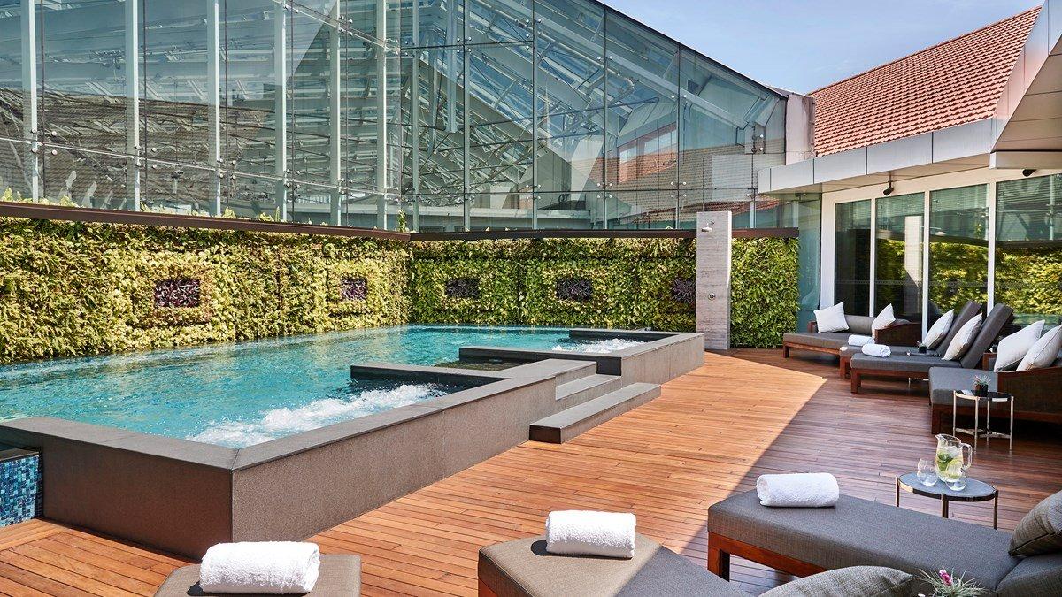 豪华泳池-全新开张新加坡酒店