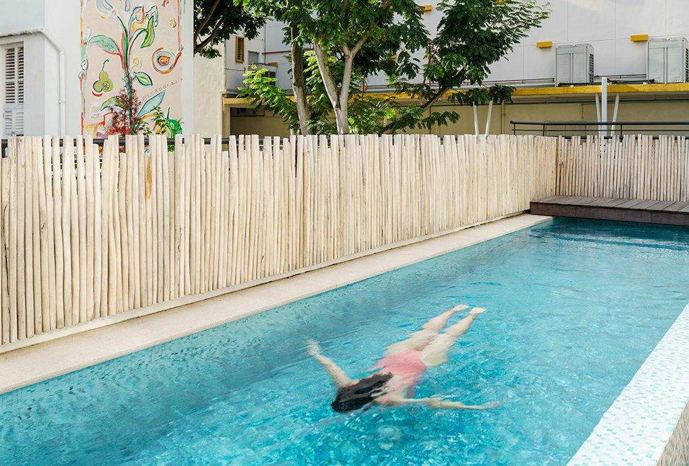 屋顶泳池-全新开张新加坡酒店