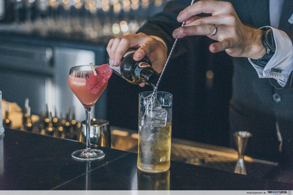 SKAI 调酒-最佳新加坡餐厅
