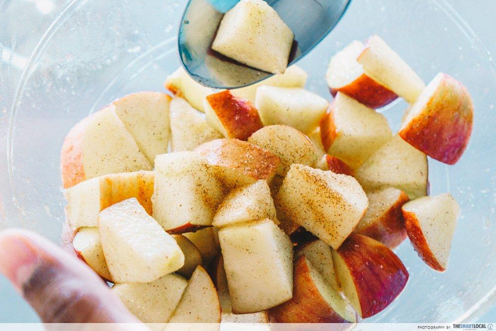 苹果脆片芭菲
