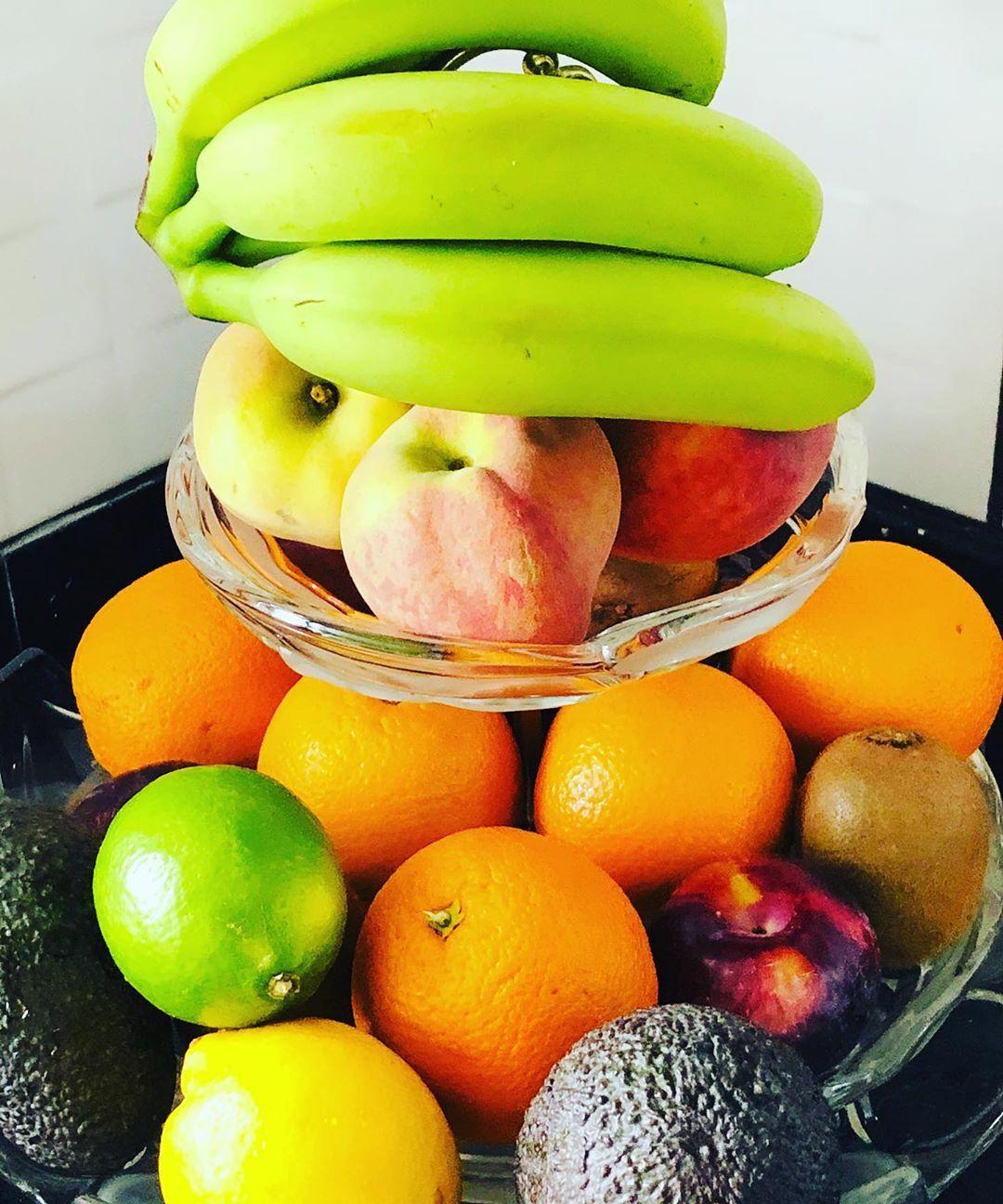 挑选未熟的水果 - 超市购物错误